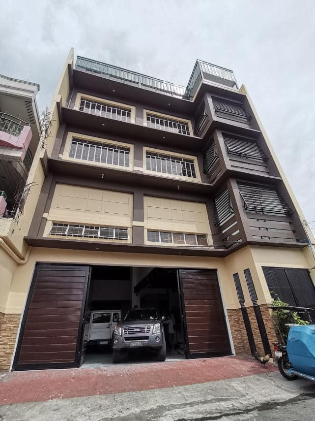 Office Building at Del Monte area in Quezon City For Sale